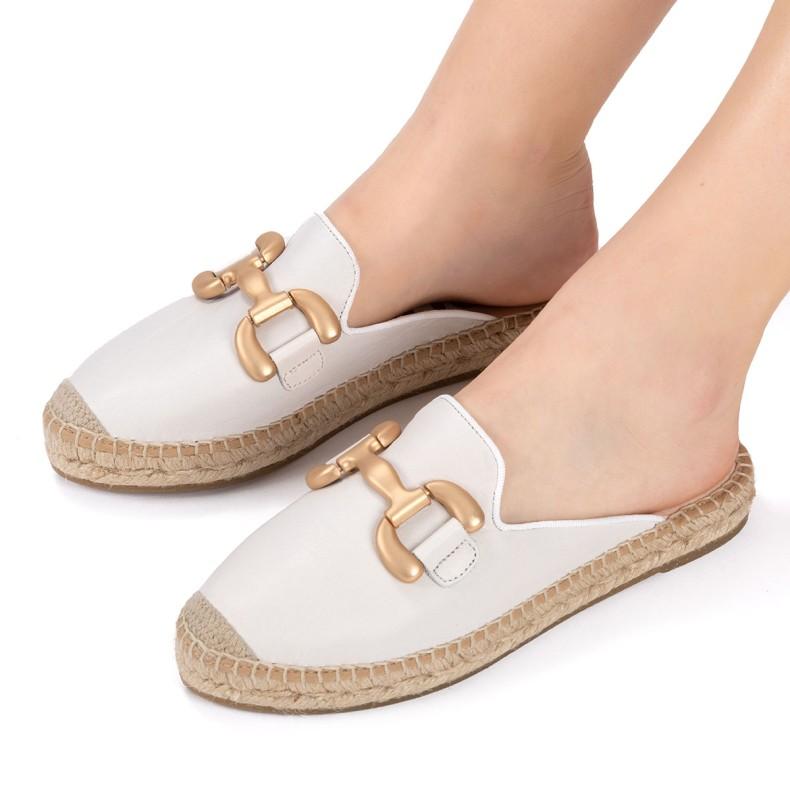 Sandal with black leather platform
