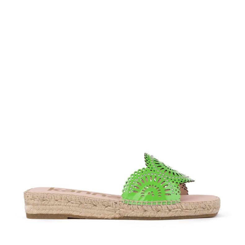 Sandalias amarillas de yute